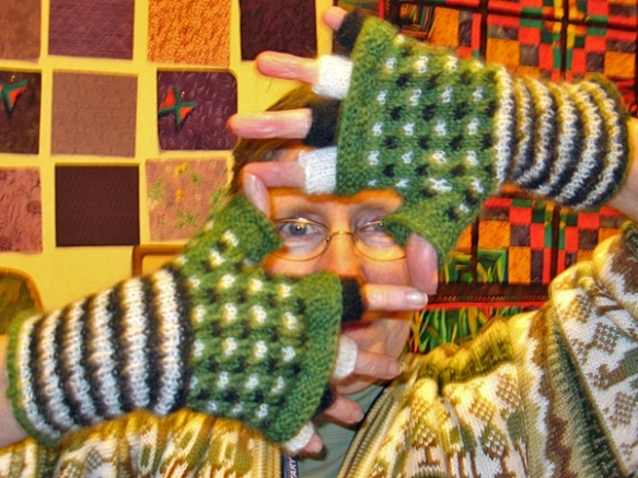 Anne Models Amanda's Gloves
