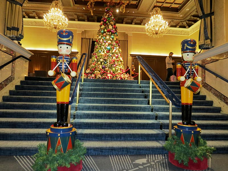 drake hotel lobby christmas decorations - Hotel Christmas Decorations