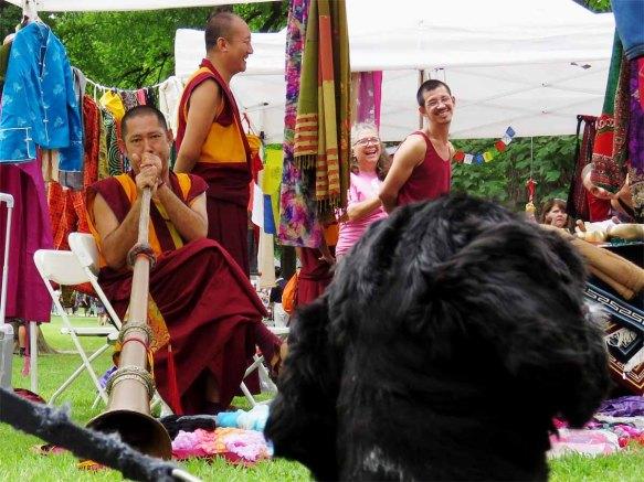 Fun with a Tibetan horn (dungchen)