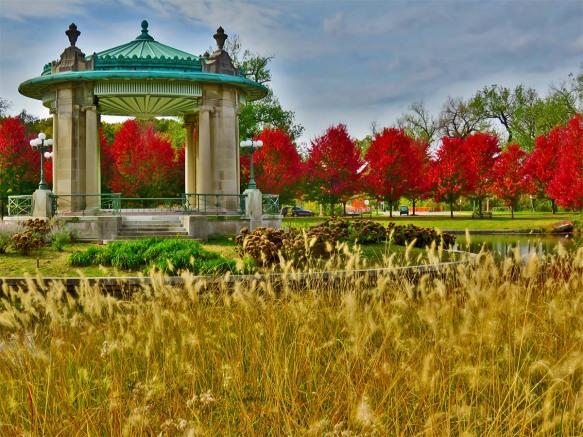 Pagoda Circle in Fall